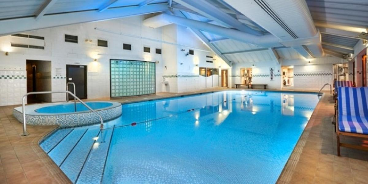 Pool at the DoubleTree by Hilton Bristol North.