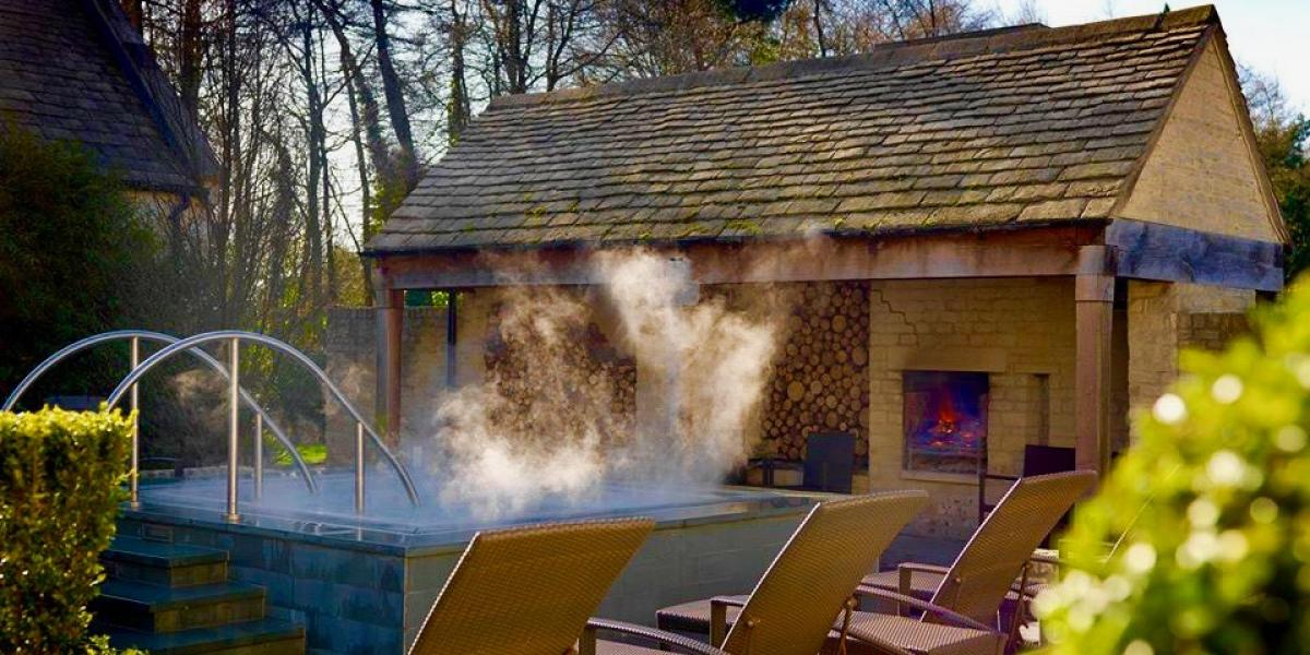The outdoor hot tub at Calcot Manor, Cotswolds.