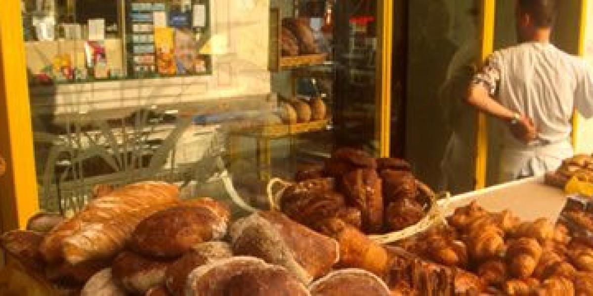 Dea Birkett's Eating with Kids: Self catering in Paris