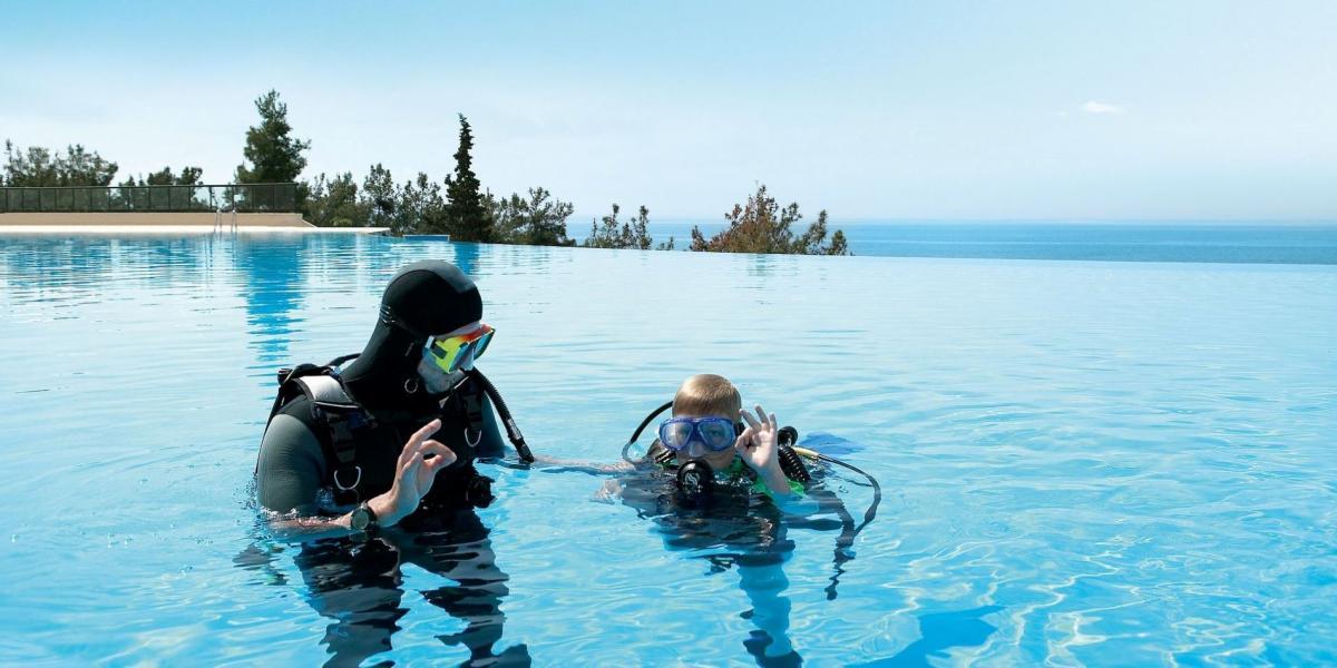 Diving lessons at Ikos Olivia, Halkidiki.