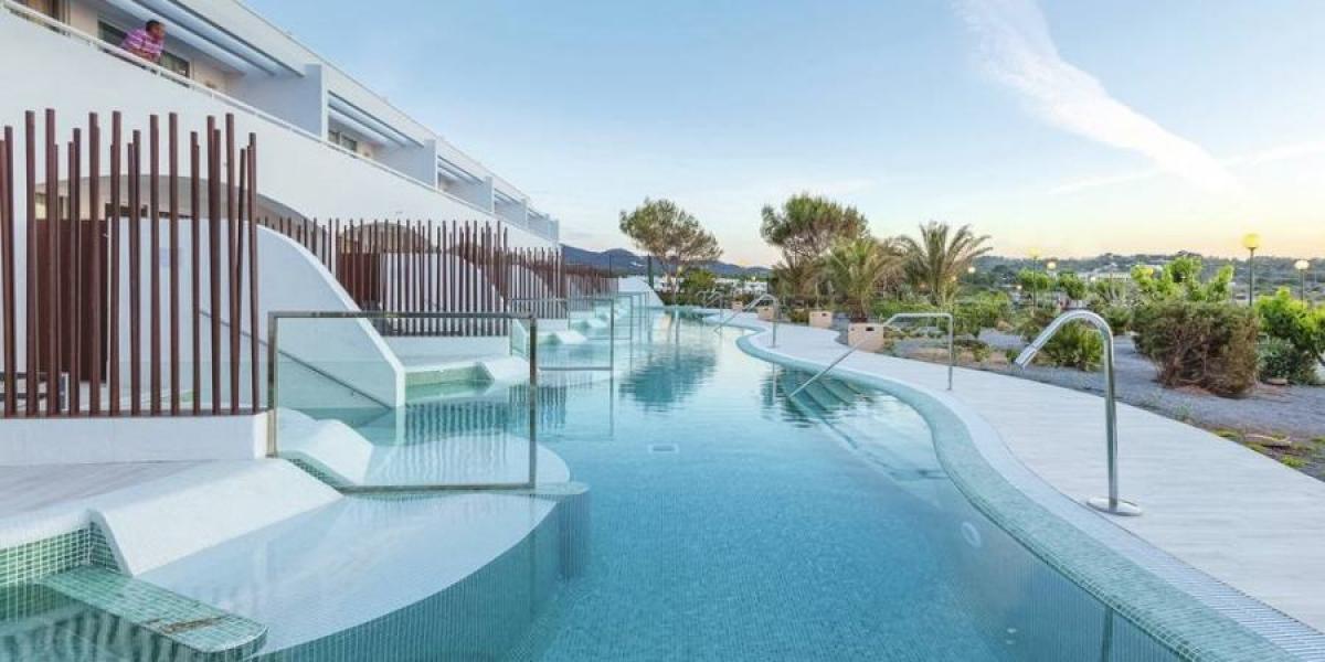 Ibiza Holiday Village swim-up rooms