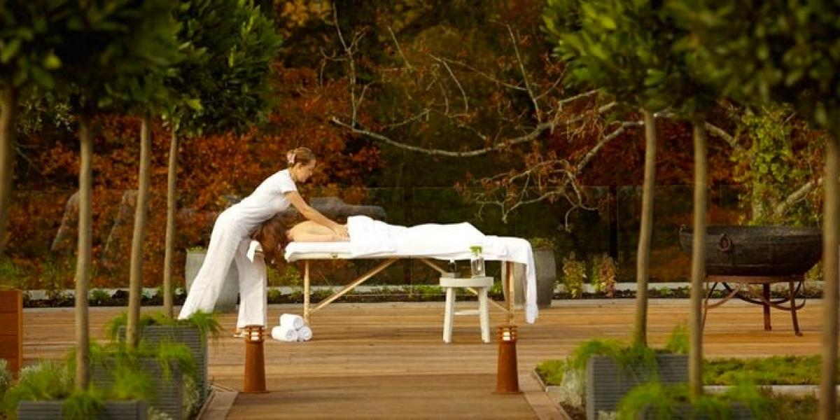 Alfresco massage in the New Forest