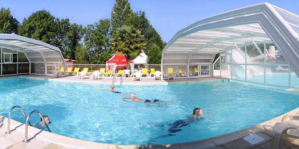Domaine de la Brèche Campsite pool.