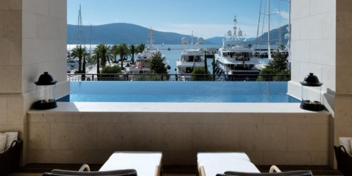 View of the pool and marina from Premium Residence Porto Montenegro.