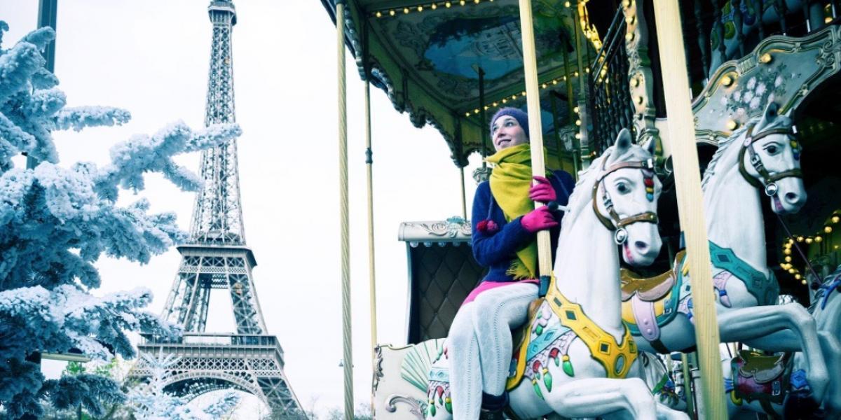 Carousel near the Eiffel Tower.