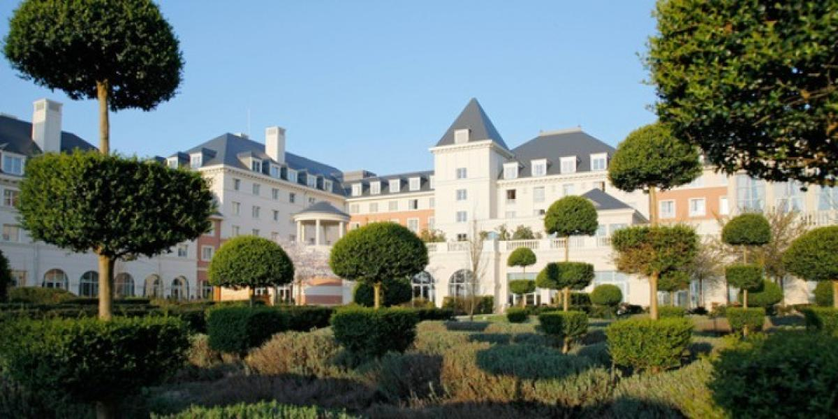 Vienna International Dream Castle Hotel, near Disneyland Paris