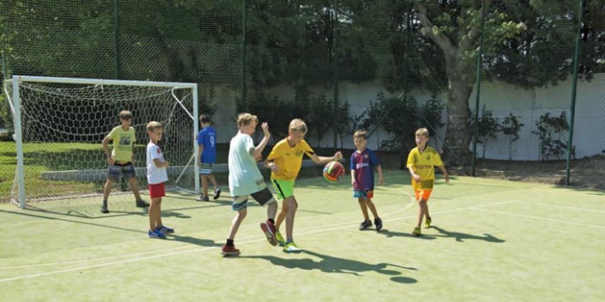 Sporting fun at Mediterraneo Campsite.